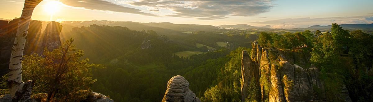 mountain-sun-rays